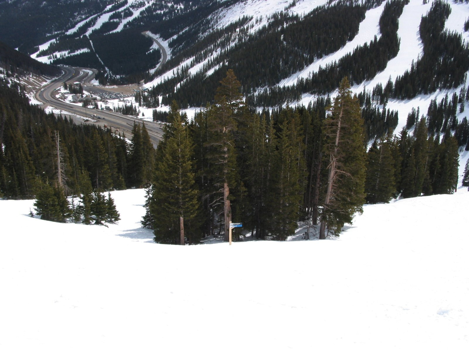 Intersection of the Scrub and Splashdown Ski Runs